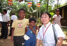 スリランカ・コロンボ:被災児童のための応急手当講習会の様子