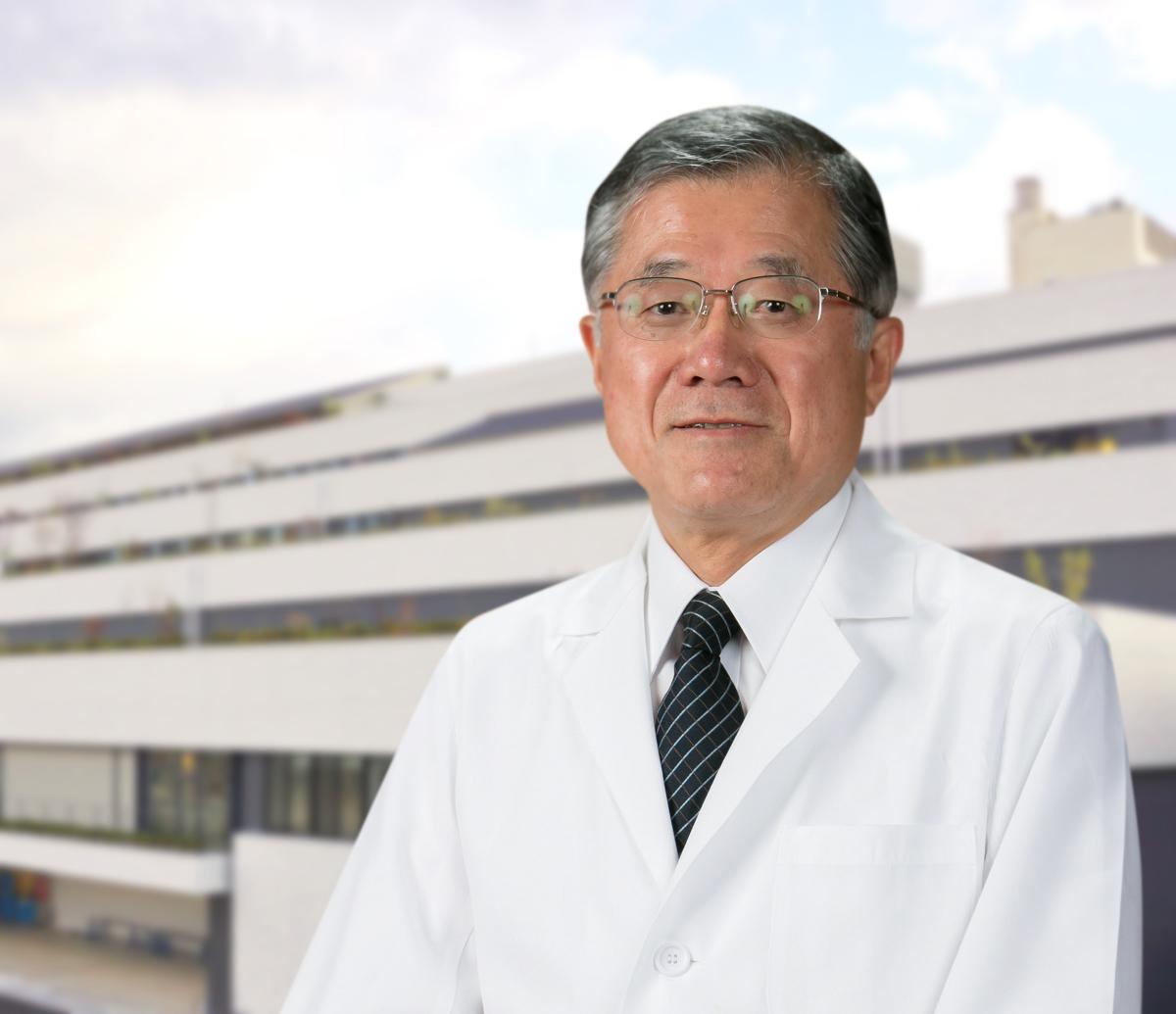 松山赤十字病院 病院長 写真