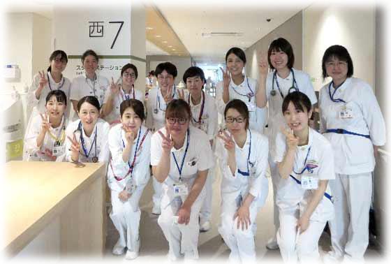 西7病棟(腎臓内科・外科)の集合写真